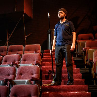 Colin Doyle. Photo by Dahlia Katz. Set and Lighting by Nick Blais. Costumes by Anahita Dehbonehie.